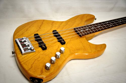 Fender Japan Jazz Bass JBR-80