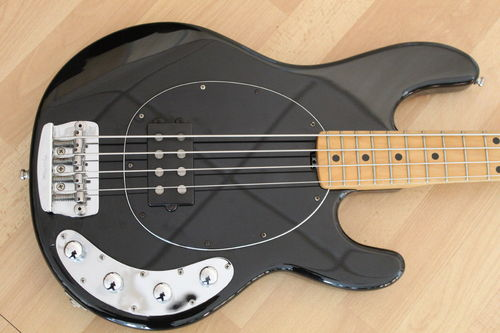 Musicman Stingray Usa 4H
